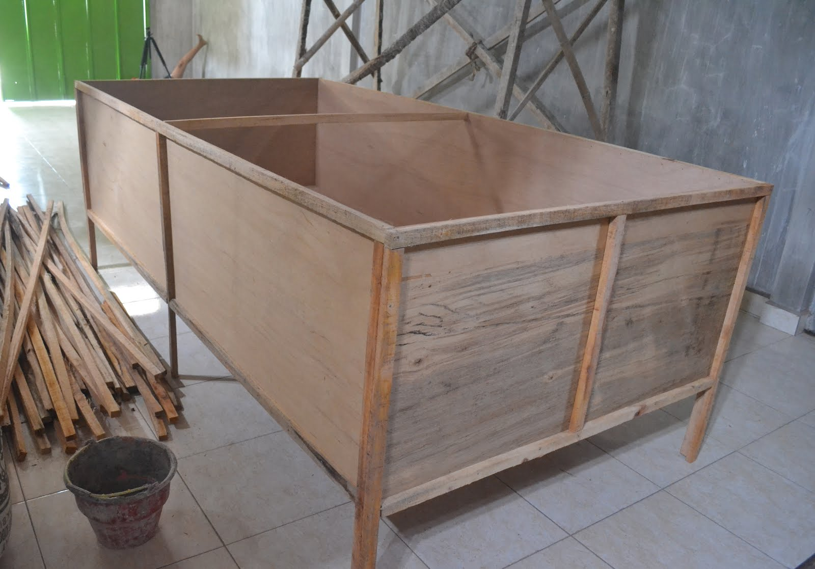Pembuatan Kandang